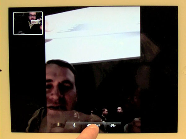 Instant Expert: iPad 2 Cameras + Camera / FaceTime / Photo Booth Apps