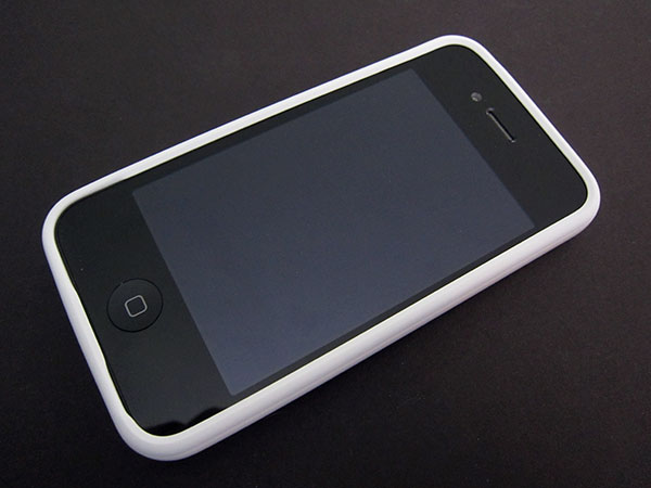 Review: Apple iPhone 4 Bumpers 1