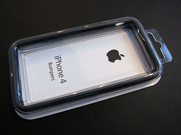 Review: Apple iPhone 4 Bumpers 11