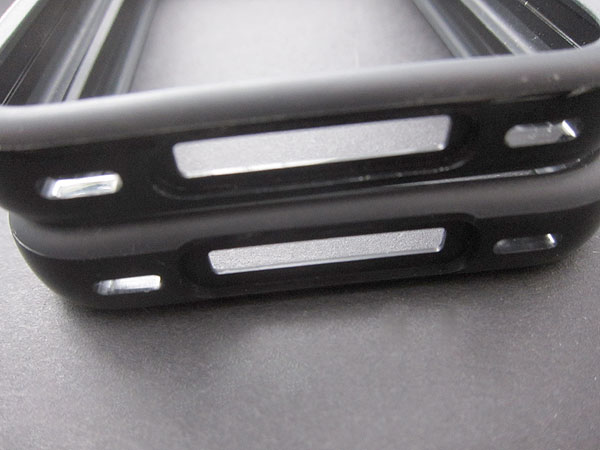 Review: Apple iPhone 4 Bumpers 13