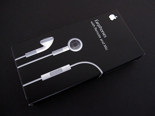 Review: Apple Earphones with Remote and Mic