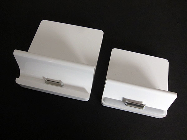 Teardown: What's Inside Apple's Big New iPad 2 Dock (+ iPad 1 Dock) 1