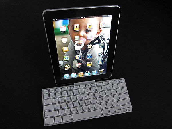 Review: Apple iPad Keyboard Dock 1