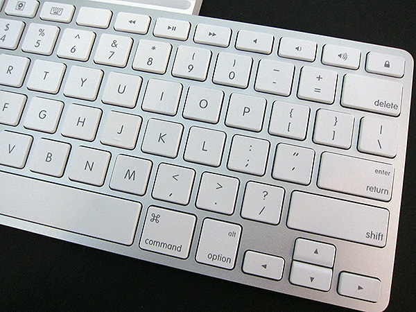 Review: Apple iPad Keyboard Dock 5