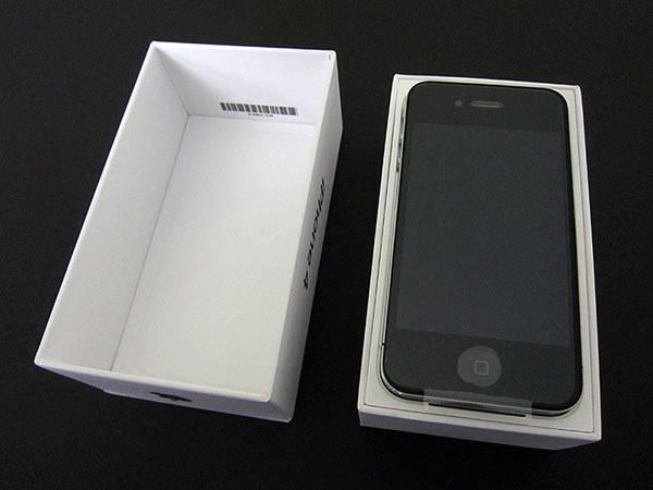 Review: Apple iPhone 4 (16GB/32GB) 19