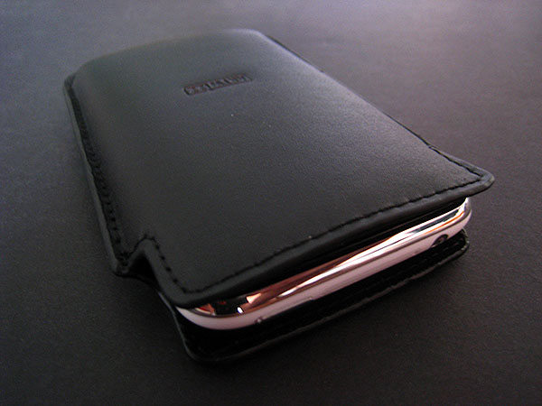Review: Artwizz Leather Pouch for iPhone 3G