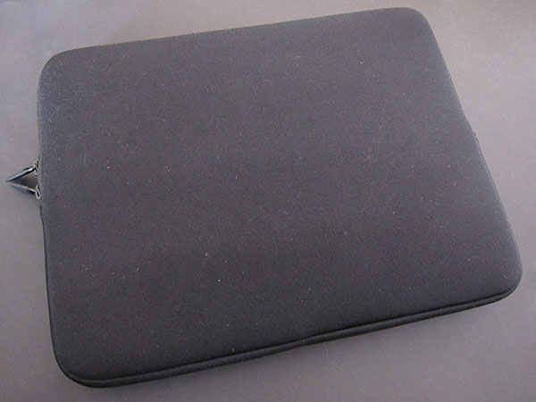First Look: Belkin Max Sleeve for iPad
