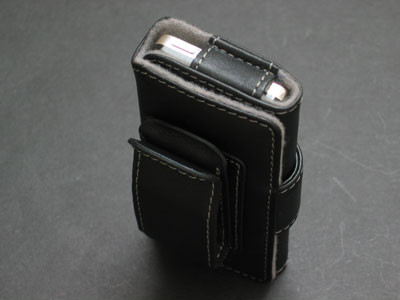 Review: Belkin Carabineer, Flip and Folio Cases for iPod nano