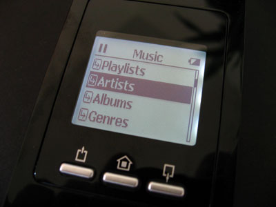 First Look: Bexy iMirror Wireless Remote Docking Station for iPod