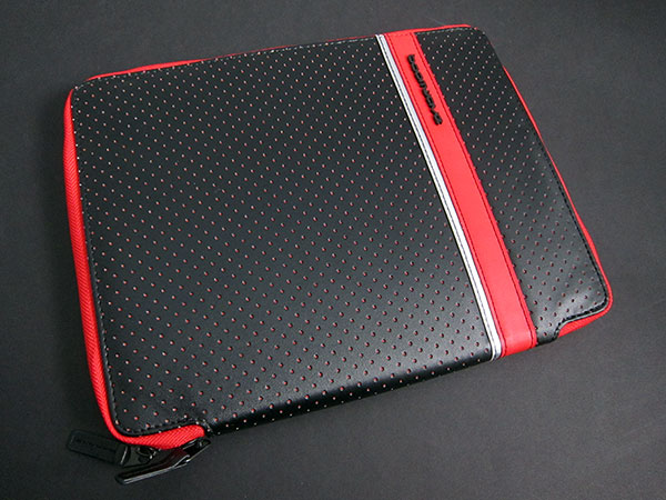 First Look: Boomwave Kix and Strapz for iPad