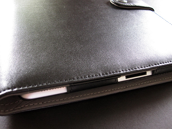 Review: Booq Booqpad for iPad 2