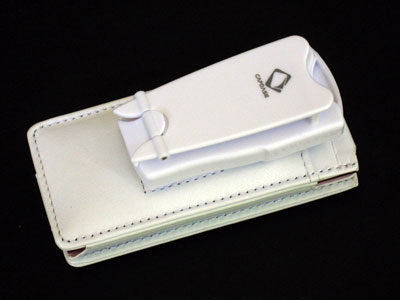 Review: Capdase Classy Leather Case for iPod nano (2nd Generation)