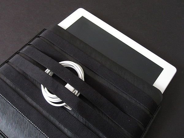 First Look: Choiix 2E Sleeve + 6E Sleeve for iPad + iPad 2