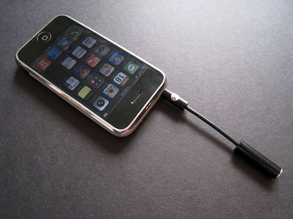 Review: DLO Headphone Adapter for iPhone