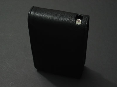 Review: DLO PodFolio for iPod 5G
