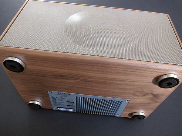 Review: Geneva Lab Geneva Sound System Model M (2011)