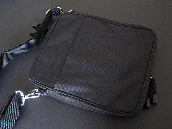 Review: Go Tablet Padded Ballistic Nylon Travel Case/Bag for iPad + iPad 2