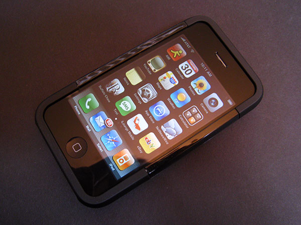 Review: Griffin Clarifi Case with Built-in Close-Up Lens for iPhone 3G 4