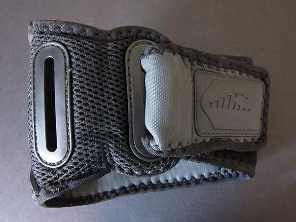 First Look: H2O Audio Amphibx Grip / Small Armband for iPod shuffle 2G/4G + iPod nano 6G
