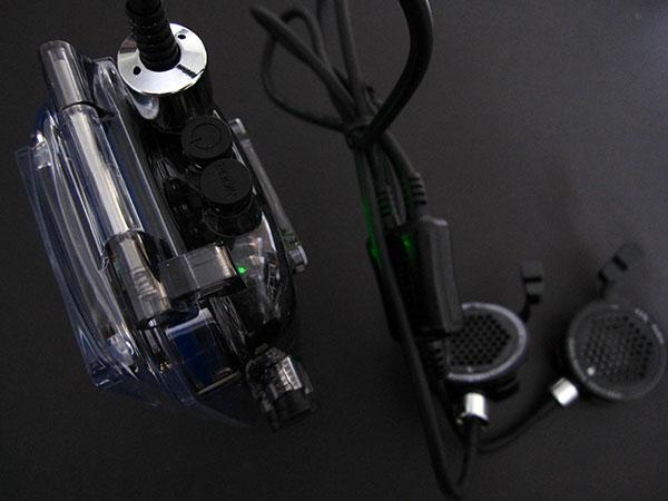 First Look: H2O Audio iDive 300 Deep Dive Waterproof Case + Speakers