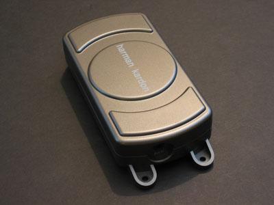 First Looks: Harman Kardon Drive + Play Car Kit