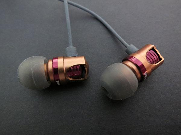 Review: id America Spark In-Ear Headphones