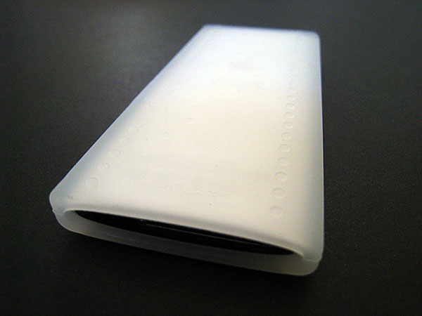 Review: iFrogz Silicone Wrapz for iPod nano 4G