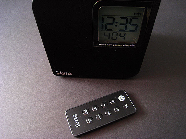 Review: iHome iH12 / iH12BR Clock Radio for iPod