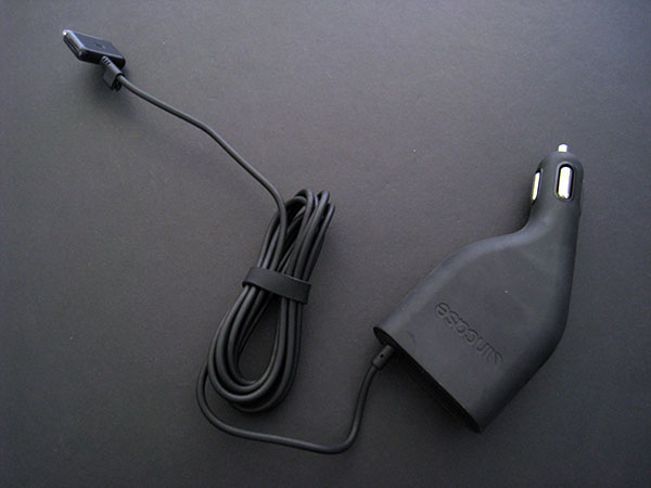 Preview: Incase 2-in-1 Wall & Car Charger for iPod & iPhone