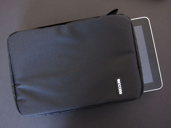First Look: Incase Travel Kit Plus for iPad 1