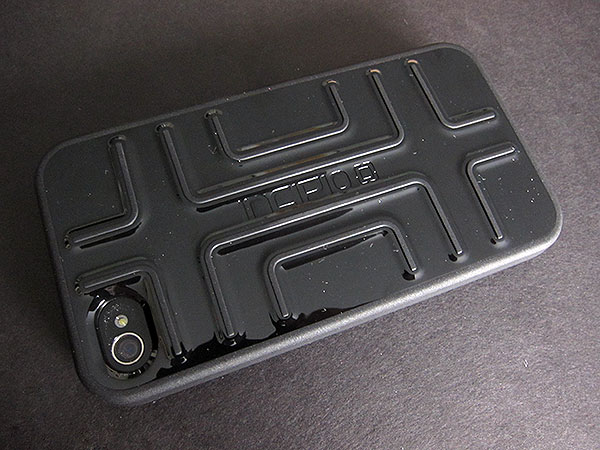 First Look: Incipio Delta + Step for iPhone 4