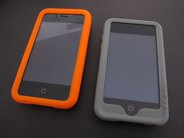First Look: Incipio Dotties for iPhone 3G/3GS + iPod touch