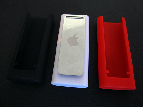 First Look: Incipio Feather for iPod shuffle 3G
