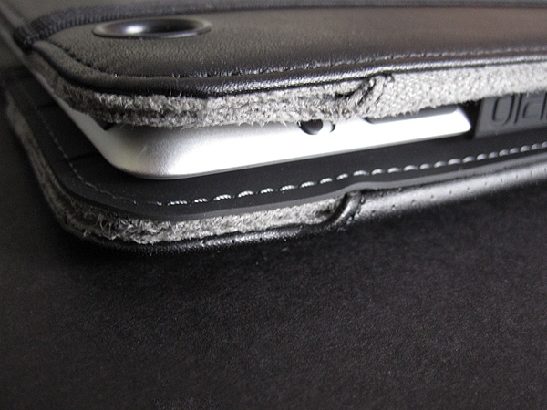 First Look: Incipio Premium Kickstand and Executive Premium Kickstand for iPad 2