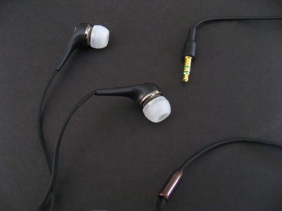 Review: iSkin Cerulean X1 Sound Isolating In-Ear Earphones
