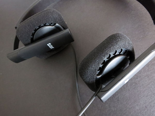 Review: JAYS v-JAYS II Headphones