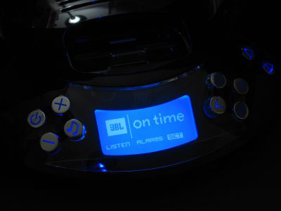 Review: JBL On Time - Time Machine for Your iPod 15