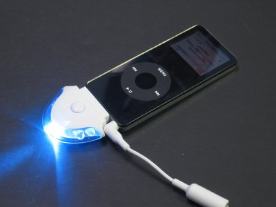 Review: LUMi Ventures Flasher for iPod 3
