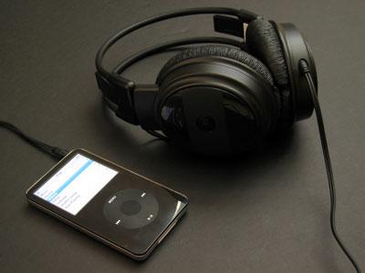 First Look: MacAlly mTune-N and mTune-N2 for iPod Nano