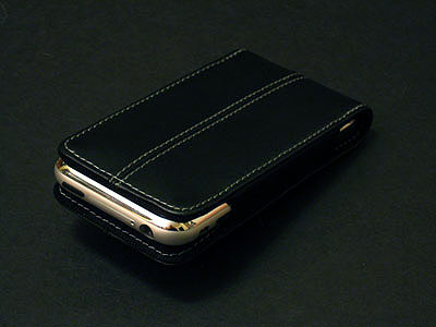 Review: Marware C.E.O. Sleeve Slim Executive Storage for iPhone 1