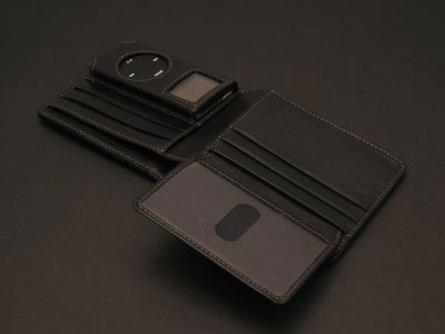 Review: Marware CEO Card Wallet and CEO Billfold Wallet for iPod nano