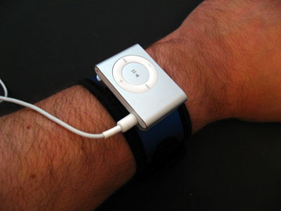First Look: Marware Sportsuit Runabout for iPod shuffle (Second-Generation)