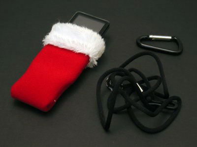 Review: Marware Sportsuit Sleeve, Safari and Santa for iPod nano