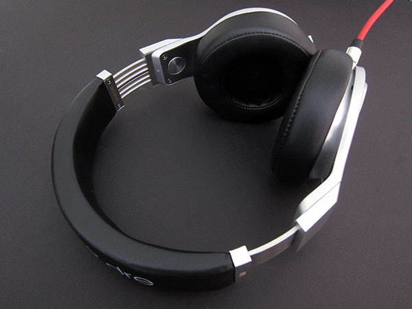 Review: Monster Beats Pro, Solo HD + Studio Headphones 14