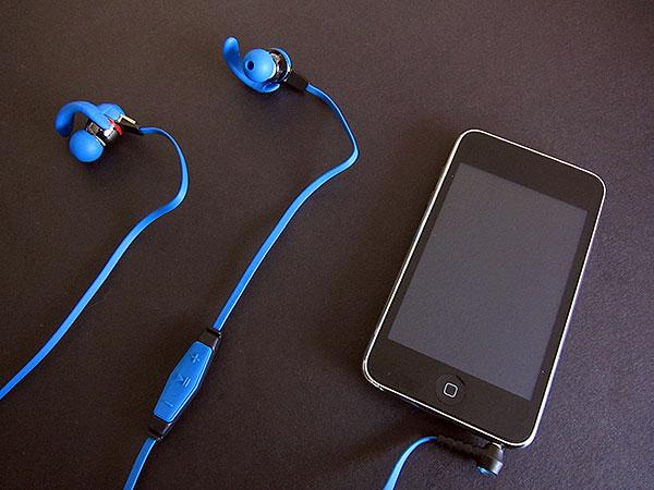 Review: Dry Corp Dry Buds 100% Waterproof Headphones