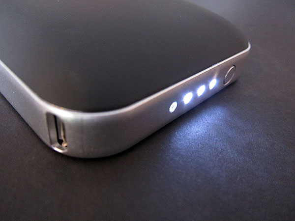 Review: Mophie Juice Pack Air for iPhone 4