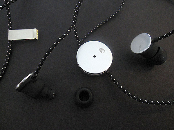 Review: Nixon The Wire In-Ear Custom Earphones for iPhone + iPod