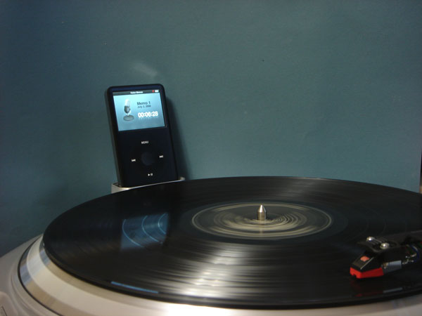 Review: Numark TTi USB Turntable with Universal Dock