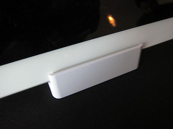 First Look: Ozaki iSuppli Home Docking Stand for iPad, iPhone + iPod