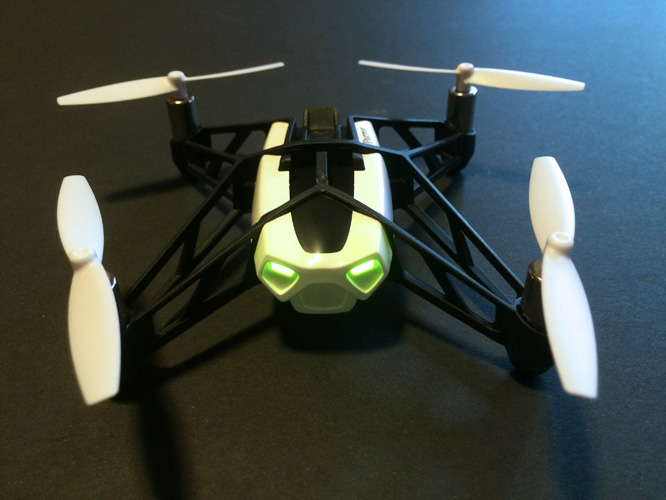 Review: Parrot Minidrone Rolling Spider 7